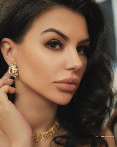 Асения Тугушева